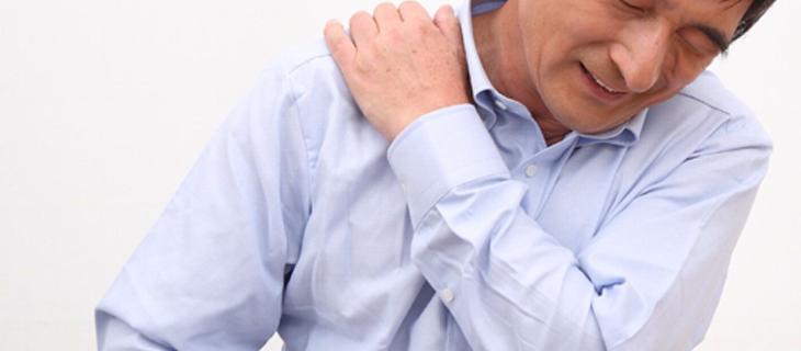 腰痛・肩こりがもたらす経済損失とは…?