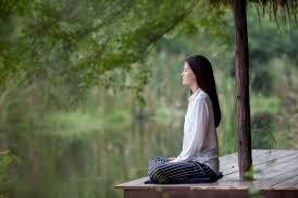 女性 瞑想